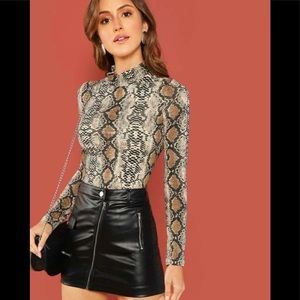 Tops - Snakeskin Fitted Shirt